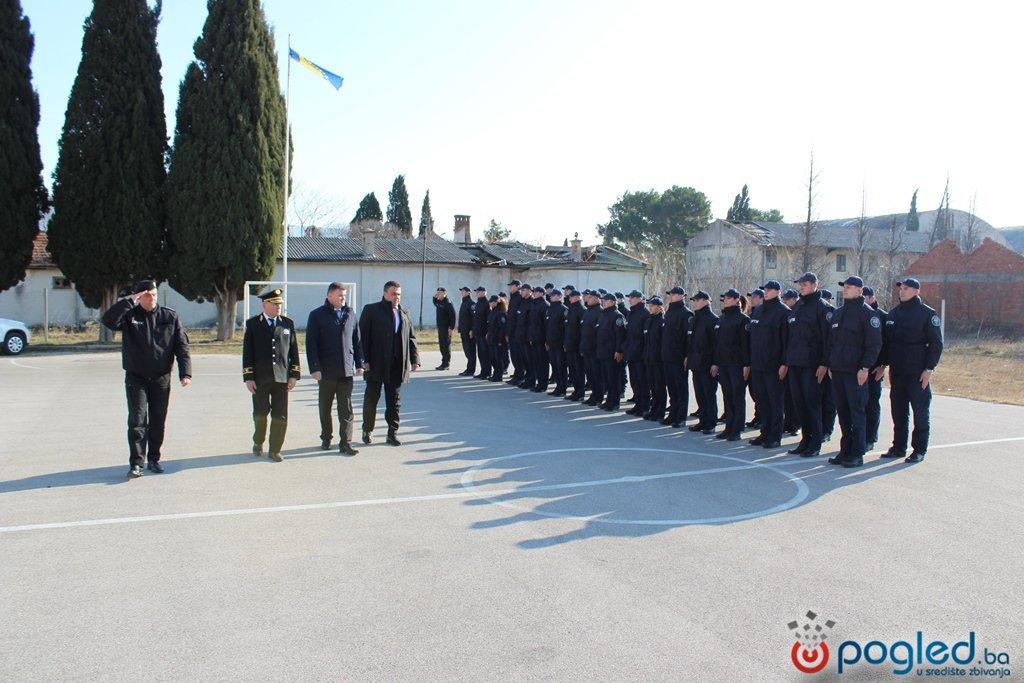 policajci1012016-2